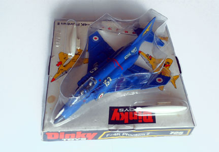 Dinky Toys Supertoys aeroplanes military commercial
